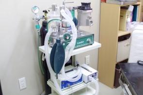 吸入麻酔器